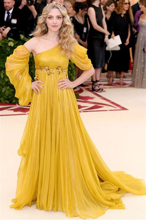 amanda seyfried yellow dress the must see looks from the met gala red carpet ball