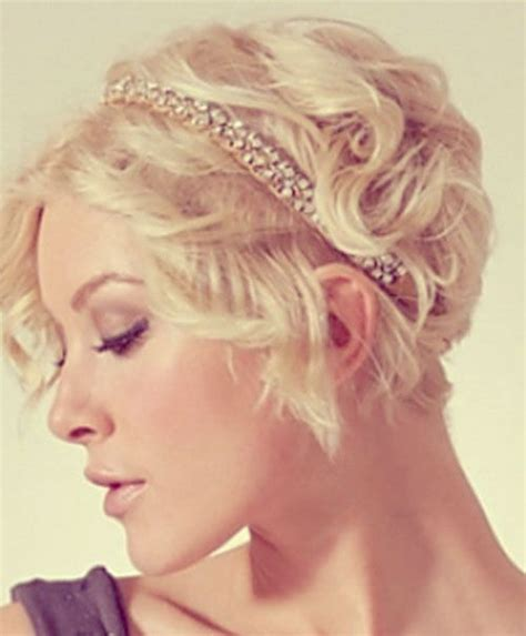 cut hairstyles hairstyles and wedding on pinterest 25 best ideas about pixie cut headband on pinterest