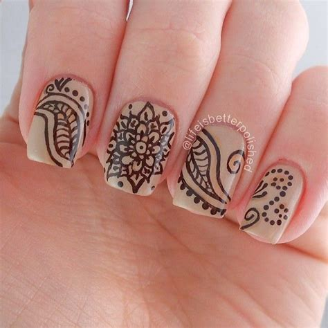 nail art with tattoo henna 25 best ideas about henna nails on henna nail