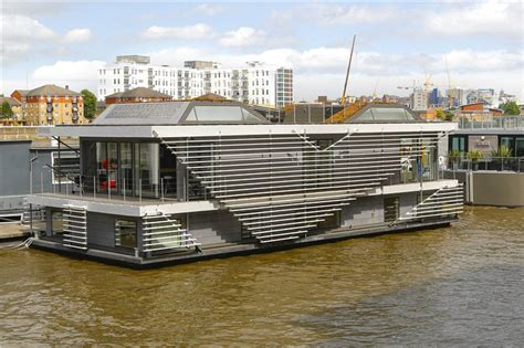 Modern Bedroom Decorating Ideas by Top 10 Houseboats For Sale Zoopla