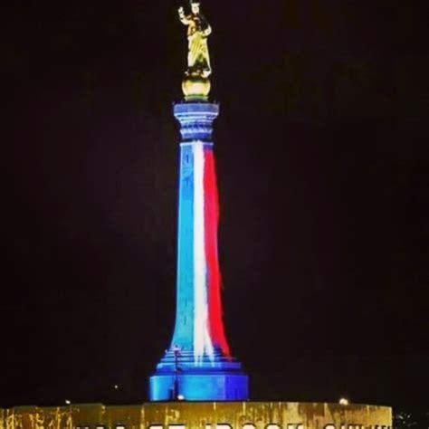 porto della francia la bandiera della francia anche sulla madonnina porto