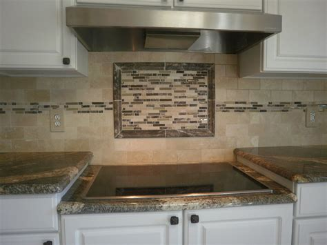 How To Tile A Backsplash In Kitchen Kitchen Backsplash Ideas Glass Tile Afreakatheart