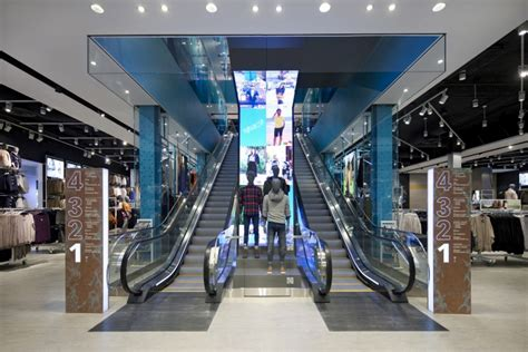 Home Design Store Boston by Primark Flagship Store By Dalziel Amp Pow Boston