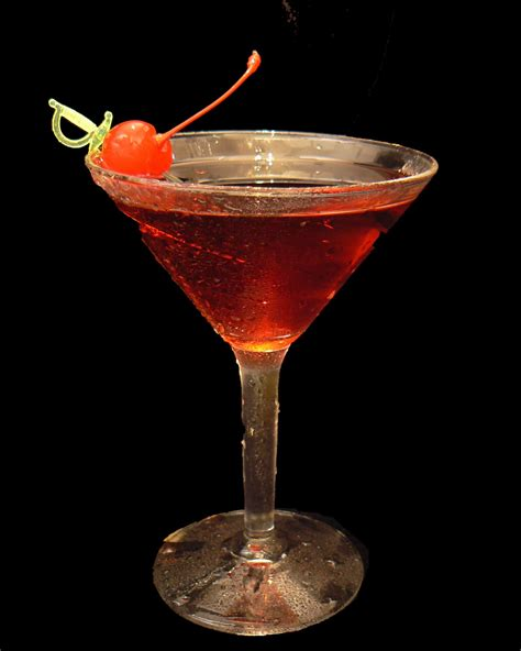 how to a manhattan drink manhattan recipe dishmaps