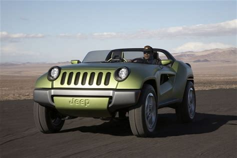 new jeep renegade convertible jeep renegade concept more of the frog look jeepfan com