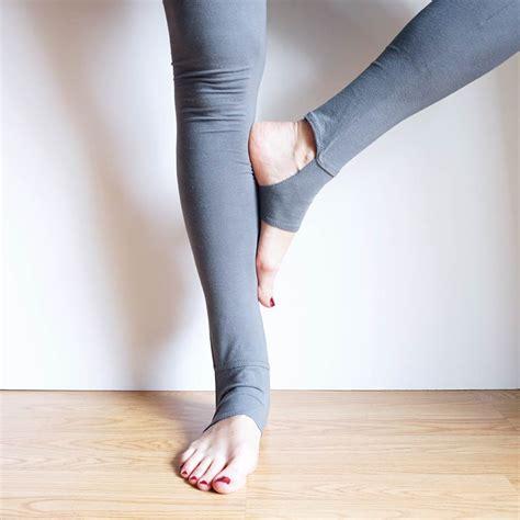 yoga leggings sewing pattern diy stirrup leggings weallsew