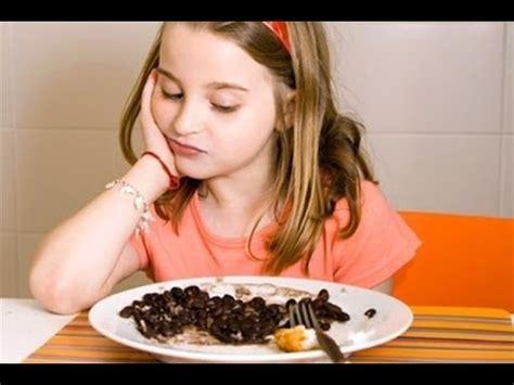 imagenes de niños que mueren de hambre nunca desprecies lo que hay en tu plato refleccion youtube