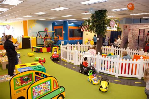 Zoo Pool Play Center seattle indoor playspaces seattle s child