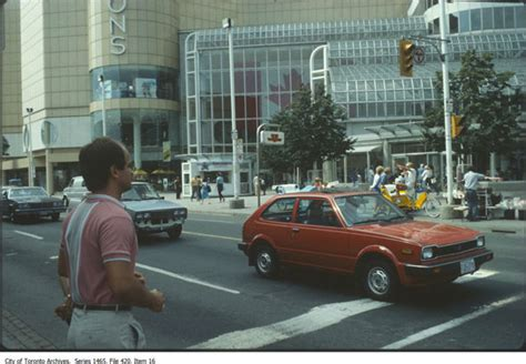 Eaton Centre Gift Card - what the eaton centre looked like when it was new