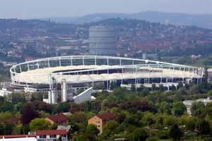 Mercedes Stuttgart Sg Dynamo Dresden Gl 252 Cksgas Stadion Football Ground