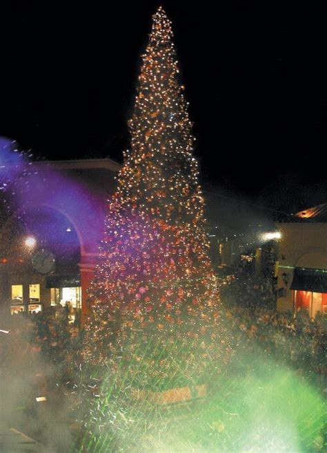 simi valley acorn news article tree lighting spectacular