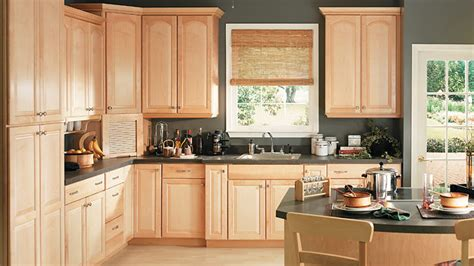 natural maple kitchen cabinets photos any pics of uppers with flat arched panels