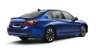 2017 honda accord hybrid tops segment with 49 mpg city