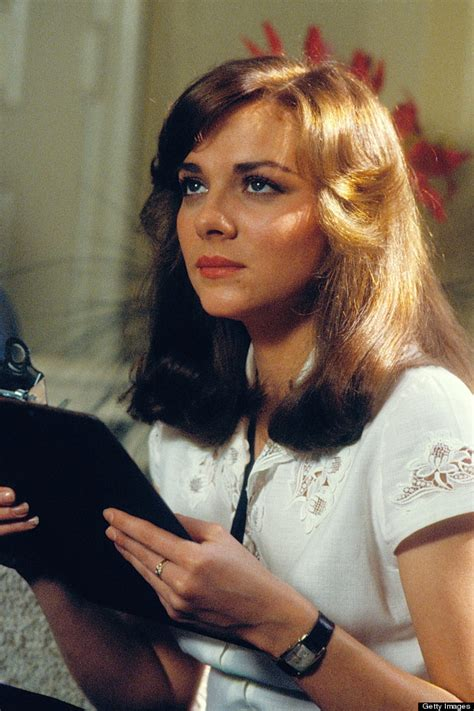 kim cattralls very short hairdos over the yearsaa classify kim cattrell