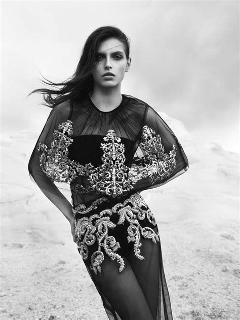 Top Karlina Stripe 93 best karlina caune images on fashion show fashion weeks and walkway
