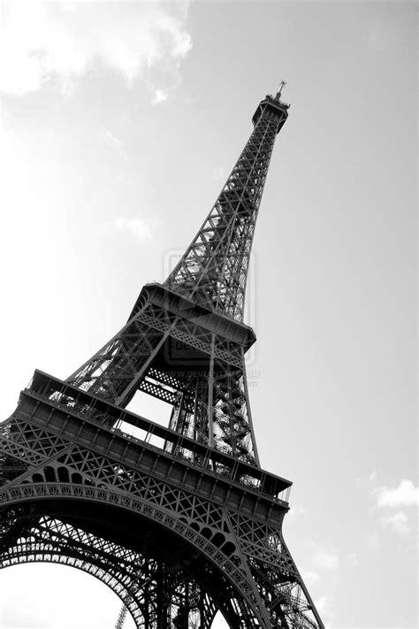 Paris Eiffel Tower Black And White | free download wallpaper