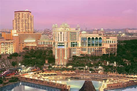 theme hotel kuala lumpur 10 reasons to stay at sunway hotel resort spa kl magazine