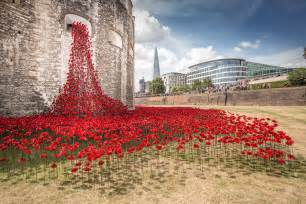 888 246 ceramic poppies infill the tower of london for