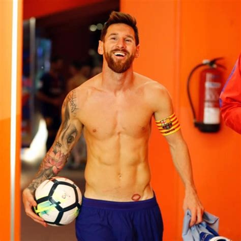 messi current tattoo messi reveals new intimate tattoo of his wife on one of