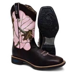 Pink camo work boots by cinch wxr