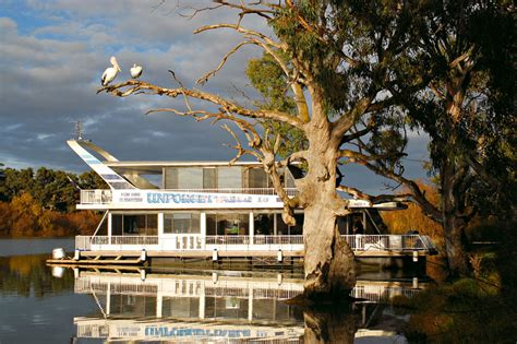 unforgettable house boats unforgettable 1 houseboat houseboat unforgettabledana