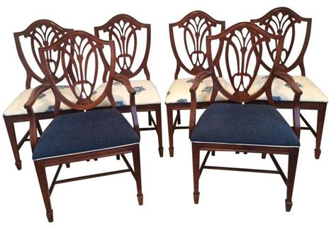 duncan phyfe dining chairs styles pre owned duncan phyfe shield back style dining set