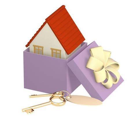 donazione appartamento al figlio compravendita immobile con denaro genitore