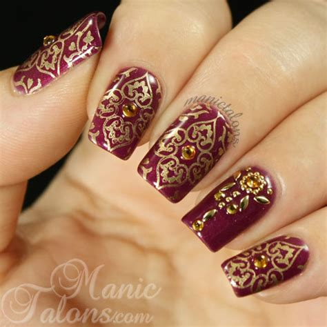 mehndi inspired nail art indian design youtube guest post by michelle of manic talons грим коса