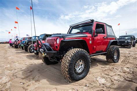 jeep driving 8 sand and dunes driving tips to get ready for beach
