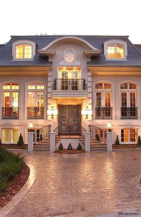 french chateau homes photos here are features of the french provincial house style house plan formal french chateau style 2 die 4 pinterest