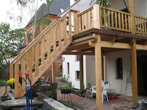 balkon hängeschaukel idee treppe balkon