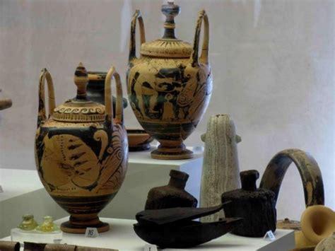 vasi egizi museo archeologico nazionale musei parma