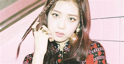 blackpink comeback 2017 161116 aaa2016 rc rose 7 ygdreamers
