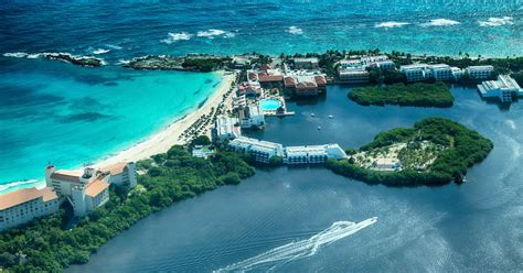 cheap flights from boston to canc 250 n from 330 bos cun kayak