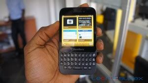 blackberry reset not working how to do a hard reset quot battery pull quot on the blackberry