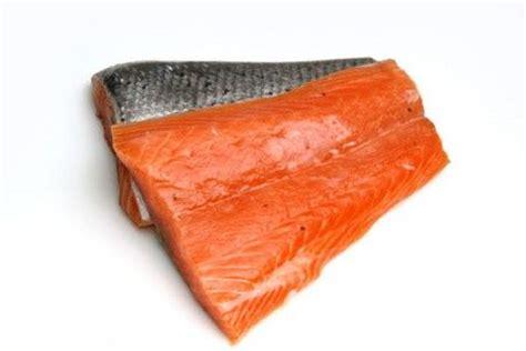 come si cucina la trota salmonata ricetta trota salmonata con pompelmo e fagiolini ricette