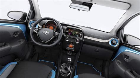 interieur aygo new 2019 toyota aygo interior design toyota car prices