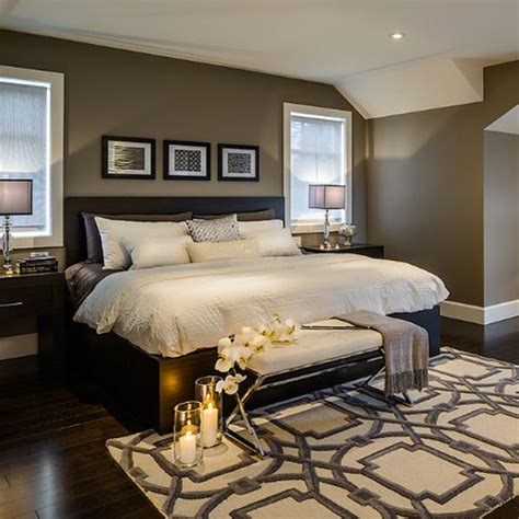 white bedrooms with dark furniture 1000 ideas about white bedroom furniture on pinterest