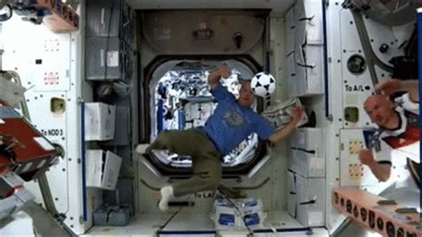 no gravity room nasa nasa 7 sports astronauts without gravity