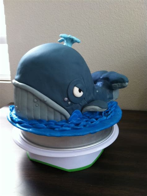 whale cakes  pinterest  selection    ideas   simple cake designs cakes