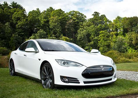Tesla News Tesla Motors Tsla Autopilot Feature Stirs Trouble In China