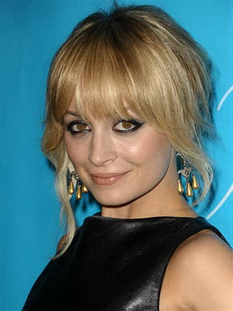 hairstyles growing bangs 7 hairstyles for growing out bangs