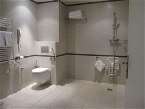 grants for bathrooms for the disabled paris handicapped rooms near louvre museum