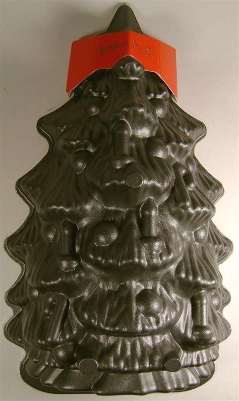 nordic ware silver christmas tree bundt pan baking bread