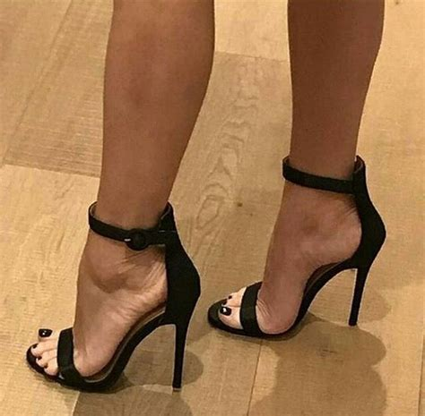 high heel arch 1473 best arch with veins in high heels images
