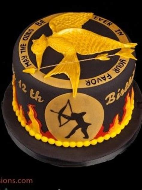theme hunger games ps3 hunger games cake cake central and game on pinterest