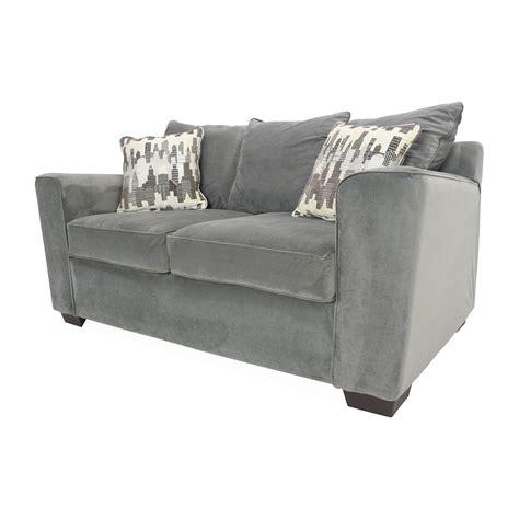 comfy loveseat 62 off bob s furniture bob s comfy loveseat sofas