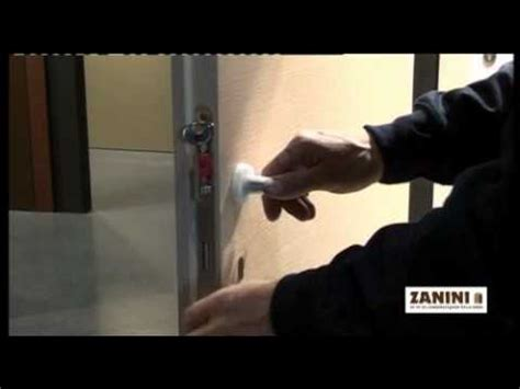 come si monta una porta a soffietto installazione cornici doovi