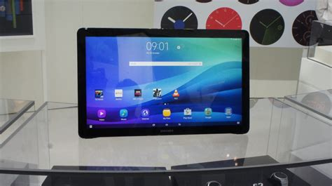 samsung galaxy view review on with samsung s tablet expert reviews