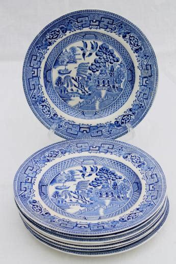 blue pattern dinner plates antique english staffordshire china blue willow pattern